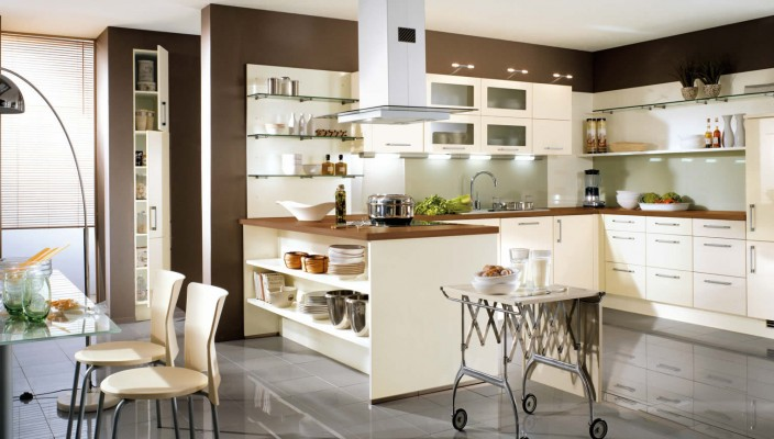 Interior exterior plan make best use of high gloss cream for Cream and brown kitchen designs